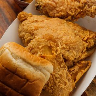 (3 pc.) Fried Chicken Dinner